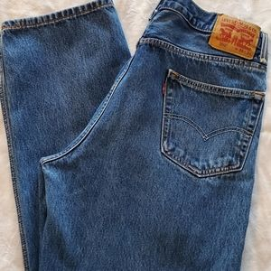 Levi's 550 Mom Jeans. Sz. 36w x 34L. High Waisted